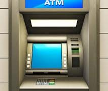 Sắp áp trần phí rút tiền mặt ATM?