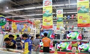 Siêu thị giảm đến 50% giá hàng hóa phục vụ World Cup