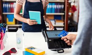 Hoàn thiện khuôn khổ pháp lý về thanh toán không dùng tiền mặt