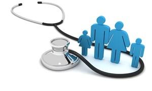 Từ năm 2015, phải đóng Bảo hiểm y tế theo hộ khẩu, sổ tạm trú