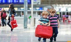 Trẻ em từ 2 đến 6 tuổi có thể đi tàu bay một mình