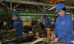 Chuyển xếp lương đối với công nhân quốc phòng được tuyển chọn quân nhân chuyên nghiệp