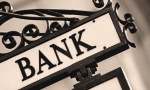 Cho phá sản ngân hàng: