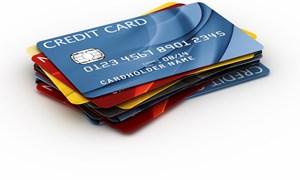 Chỉ 20% người Việt Nam có tài khoản thẻ: Rắc rối, thiệt thòi khiến người dân