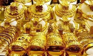 Ukraine vẫn tiếp tục ám ảnh biểu đồ giá vàng thế giới