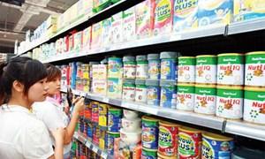 Công bố đường dây nóng tiếp nhận vướng mắc liên quan đến bình ổn giá sữa
