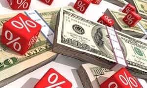 Lãi thấp nhưng tiền gửi vẫn tăng