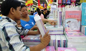 Hàng Việt  đón mùa khai trường