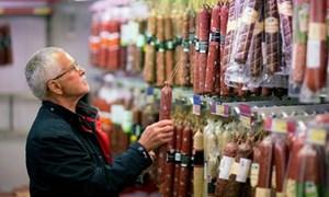 Thách thức kinh tế Nga nhìn từ cây xúc xích