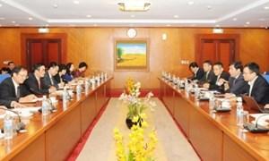 Thứ trưởng Trần Xuân Hà tiếp Chủ tịch Tập đoàn Microsoft Châu Á-Thái Bình Dương
