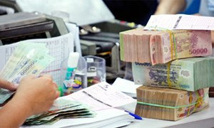 Thêm phương án tăng lương năm 2015