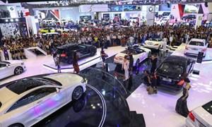Thị trường ô tô tháng 11 tiếp tục leo dốc