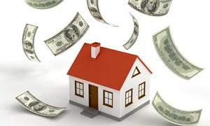 Tiền đang chảy mạnh vào bất động sản