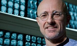 Sẽ thực hiện ca cấy ghép đầu người đầu tiên vào năm 2017