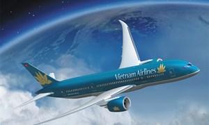 Boeing 787-9 đầu tiên của Vietnam Airlines bay trình diễn tại Paris Air Show