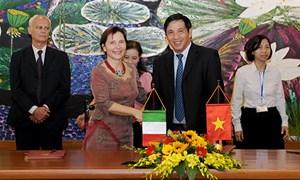 Ký kết Hiệp định chuyển đổi nợ Italia - Việt Nam