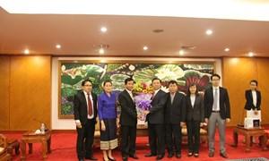 Bộ trưởng Bộ Tài chính tiếp Đại sứ đặc mệnh toàn quyền nước CHDCND Lào tại Việt Nam Somphone Sichaleune