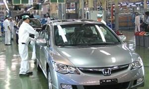 Năm 2015: Doanh số bán ô tô tăng 55%