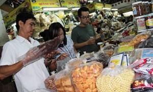 Thừa Thiên Huế: Xử phạt trên 5 tỷ đồng hàng lậu, hàng giả
