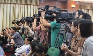 6 hình thức phát ngôn và cung cấp thông tin cho báo chí
