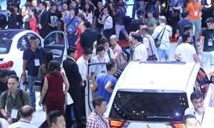 Cơn bão giảm giá xe 2017 không nâng nổi sức mua