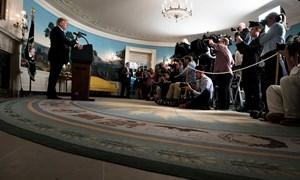 Ông Trump rút khỏi thỏa thuận hạt nhân Iran, chứng khoán Mỹ đi ngang