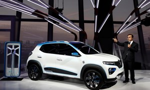 Tương lai hướng về điện hóa, ngành ôtô sẵn sàng cho những cú sốc