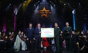 """PVN, PV GAS ủng hộ 3 tỷ đồng cho """"Quỹ đền ơn đáp nghĩa"""" tại Live concert """"Tổ quốc tôi yêu"""""""