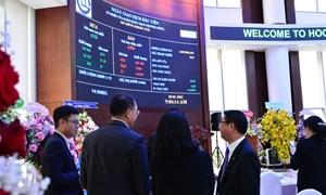 Cổ phiếu OCB chính thức niêm yết và giao dịch