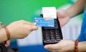 Chạy đua chuyển đổi thẻ từ sang thẻ chip