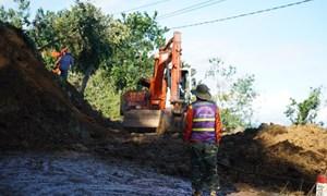 Khẩn trương cứu nạn, khắc phục hậu quả sạt lở đất tại Quảng Nam