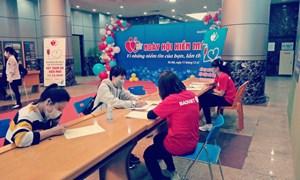 Tập đoàn Bảo Việt hiến 2.700 đơn vị máu cho người bệnh