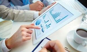 Công bố thông tin định kỳ về công ty đầu tư chứng khoán đại chúng ra sao?