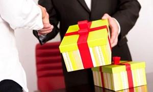 Ban Bí thư ban hành Chỉ thị cấm biếu, tặng quà Tết 2020 dưới mọi hình thức