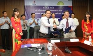BIDV Tây Hồ và Công ty Đạm Ninh Bình ký hợp đồng tín dụng