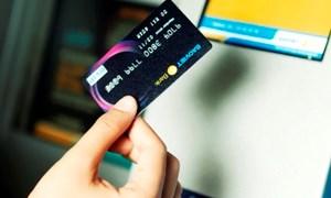 Chủ thẻ BAOVIET Bank tiếp tục được miễn phí rút tiền tại ATM