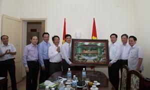 Trưởng Ban Kinh tế Trung ương Vương Đình Huệ  làm việc với Ủy ban Giám sát tài chính Quốc gia và Viện Hàn lâm KHXH Việt Nam