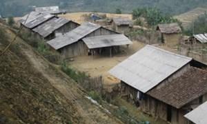 Lãng phí trong các dự án tái định cư ở Ngân Sơn