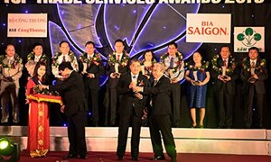 """BAOVIET Bank đạt giải """"Doanh nghiệp Thương mại Dịch vụ tiêu biểu 2013"""""""