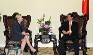 Thủ tướng Nguyễn Tấn Dũng tiếp Chủ tịch Tập đoàn Dupont, Hoa Kỳ