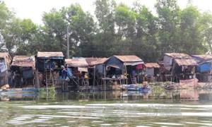 Có giải pháp cụ thể chăm lo cho Việt kiều từ Campuchia về nước sống