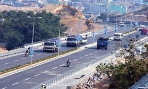 """Tuyến cao tốc Vân Đồn - Móng Cái: Bộ nói """"khó"""", địa phương muốn """"thử""""!"""