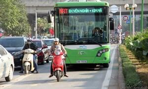 Thủ tướng yêu cầu xử lý nghiêm hành vi cản trở hoạt động xe buýt nhanh