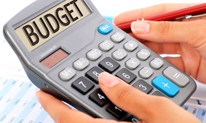 Cơ cấu lại thu, chi ngân sách nhà nước, tăng cường quản lý nợ công