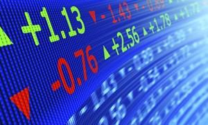 Nhà đầu tư cần lưu ý gì khi giao dịch chứng khoán phái sinh?