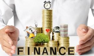 Giới tài chính đầu tư gì vào cuối năm?