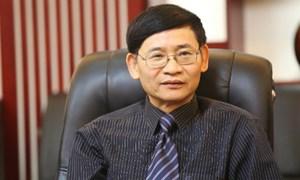 Không cho khách rút tiền bằng thẻ căn cước: Luật sư khẳng định Vietcombank làm đúng