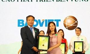 """Bảo Việt lập """"hattrick"""" giải thưởng tại Cuộc bình chọn doanh nghiệp niêm yết năm 2018"""
