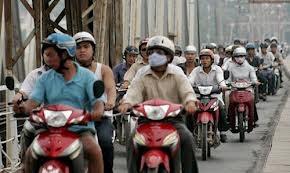 Từ tháng 8/2013: Hà Nội thu phí đường bộ đối với xe máy
