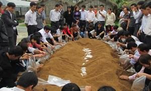 Chính phủ hỗ trợ đào tạo nghề cho nông dân